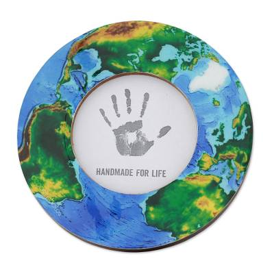 Laminated Wood Round Photo Frame of Planet Earth (4 Inch)