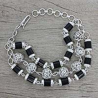 Onyx link bracelet, 'Jali Globes' - Onyx and Sterling Silver Link Bracelet by Indian Artisans
