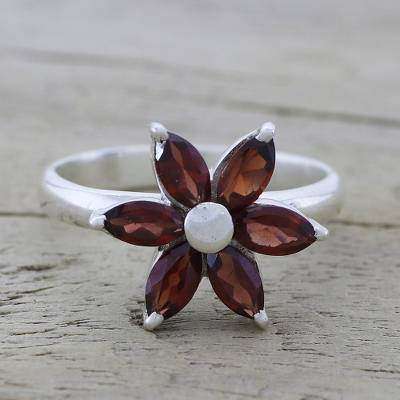earrings rings - Garnet and Sterling Silver Floral Ring from India