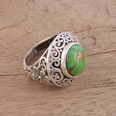 Sterling silver cocktail ring, 'Verdant Electricity' - Handcrafted Silver Jali Ring with Green Composite Turquoise