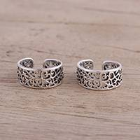Sterling silver toe rings, 'Alluring Vines' (pair) - Artisan Crafted Sterling Silver Toe Rings (Pair) from India