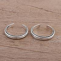 Sterling silver toe rings, 'Sleek Lines' (pair) - Sleek Band Style Toe Rings in Sterling Silver (Pair)