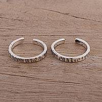 Sterling silver toe rings, 'Broken Lines' - Grooved Sterling Silver Toe Rings from India (Pair)