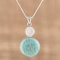 Amazonite and agate pendant necklace,
