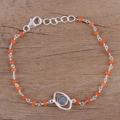 Labradorite and carnelian pendant bracelet, 'All Eyes on You' - Sterling Silver Bracelet with Labradorite and Carnelian