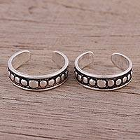 Sterling silver toe rings, 'Cool Bliss' (pair) - Hand Crafted Pair of Sterling Silver Toe Rings from India