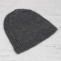 Wool blend hat, 'Himalayan Waves Graphite' - Graphite Hand-Knit Zigzag Ribbed Wool Blend Hat from India