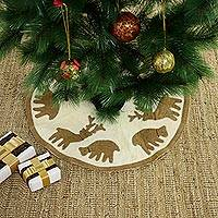 Wool felt tree skirt, 'Reindeer Carnival' - Handcrafted Wool Tree Skirt with Tan Reindeer from India