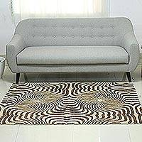 Hand-tufted wool area rug, 'Modern Circles' - Black Ivory and Brown Spiral Hand Tufted Wool Area Rug