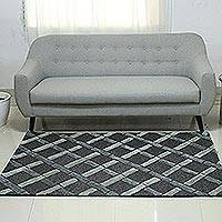 Hand-tufted wool area rug, 'Grey Delight' - Grey and Beige Diamond Hand Tufted Wool Area Rug