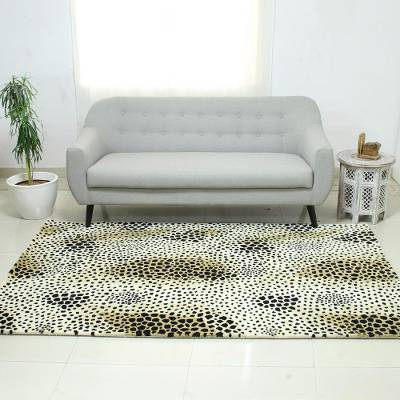 Hand-tufted wool area rug, 'Leopard Love' - Black Brown and Beige Leopard Hand Tufted Wool Area Rug