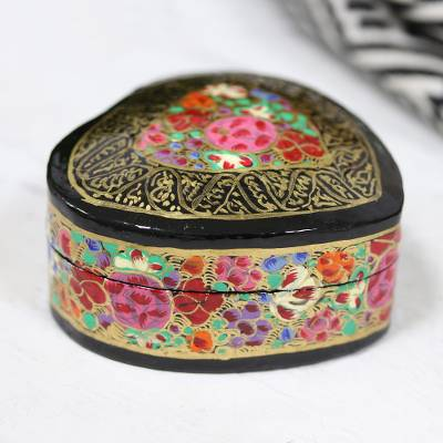 Papier mache decorative box, 'Love of Flowers' - Hand-Painted Floral and Metallic Gold Heart Decorative Box