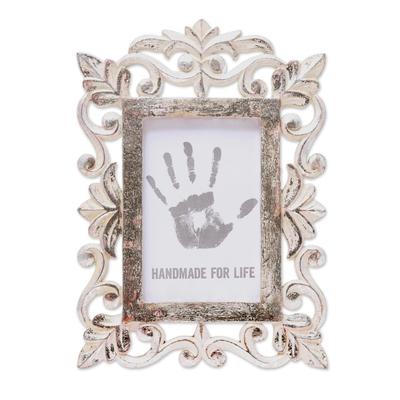 Hand Carved Silver Leaf Mango Wood Photo Frame (4x6)