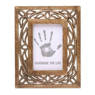 Wood Hand Carved Vine Motif Rectangular Photo Frame (4x6)