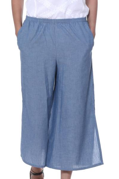Cotton capri pants, 'Casual Blue Comfort' - Handmade Blue Cotton Stretch Pair of Casual Capri Pants