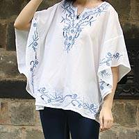 Cotton tunic, 'Lucknow Beauty' - Short Sleeve Floral White Tunic Hand Embroidered in India