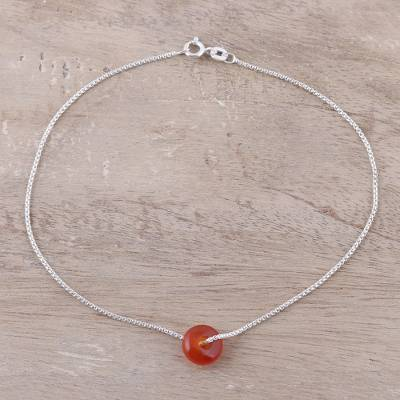 Carnelian pendant anklet, 'Elegant Wheel' - Natural Carnelian Pendant Anklet from India