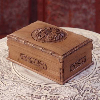 Wood jewelry box, Chinar Dome
