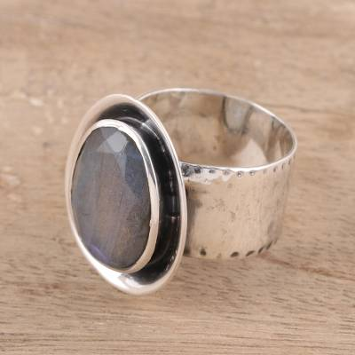 Labradorite cocktail ring, Oval Charm