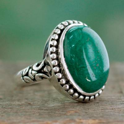 Quartz cocktail ring, 'Wonderful Forest' - Green Quartz Single-Stone Cocktail Ring from India