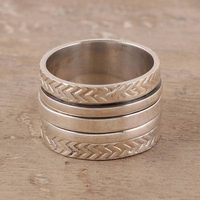 Sterling silver spinner ring, 'Gleaming Zigzag' - Sterling Silver Spinner Ring from India