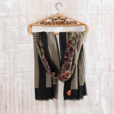 Wool shawl, 'Modern Serenity' - Modern Floral Printed Wool Shawl from India