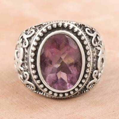 Amethyst single-stone ring, Om Glitter