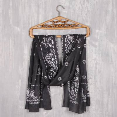 Cotton shawl, 'Paisley Charcoal' - Paisley Print Cotton Shawl in Charcoal from India