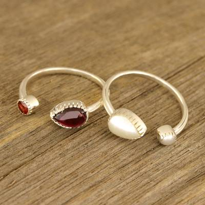 Garnet and cultured pearl wrap rings, Stylish Flavor (pair)