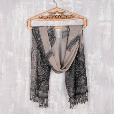 Jamawar wool shawl, 'Paisley Subtlety' - Tri-Tone Paisley Pattern Jamawar Wool Shawl from India