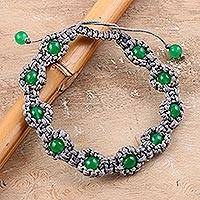 Onyx beaded bracelet, 'Green Macrame Halo' - Green Onyx Macrame Hand-Knotted Bracelet from India