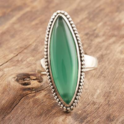 Onyx cocktail ring, 'Gleaming Green' - Marquise Green Onyx Cabochon Sterling Silver Cocktail Ring