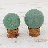Green quartz balls, 'Happy Hope' (pair) - Green quartz balls (Pair)