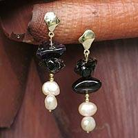 Gold and pearl drop earrings,