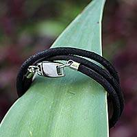 Leather wrap bracelet, 'Urban Rio Black' - Black Leather Wrap Bracelet from Brazil