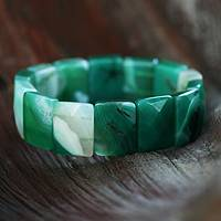 Agate stretch bracelet, 'Amazon Green' - Agate stretch bracelet
