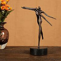 Bronze sculpture, 'Flying' - Signed Brazilian Bronze Sculpture