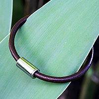 Men's leather bracelet, 'Trendsetter Spirit Brown' - Men's Jewelry Brown Leather Bracelet with Magnetic Clasp