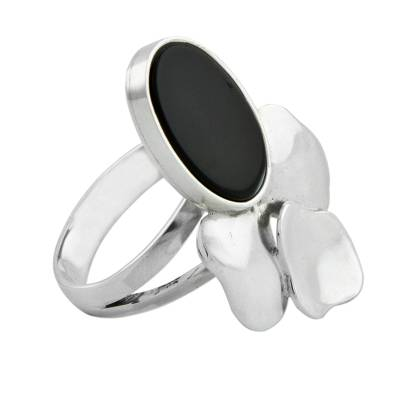 Artisan Crafted Sterling Silver and Black Agate Ring