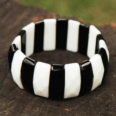 Agate stretch bracelet, 'Copacabana Darling' - Black and White Agate Artisan Crafted Stretch Bracelet