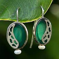 Agate and cultured pearl drop earrings, 'Glowing Forest' (Brazil)