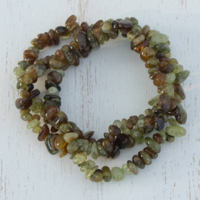 Garnet strand stretch bracelets, 'Garnet Glory in Green' (set of 3) - Green Garnet Beaded Stretch Bracelets (Set of 3)