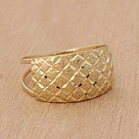 Gold cocktail ring, 'Gleaming Mesh' - Diamond Motif 10k Gold Cocktail Ring from Brazil