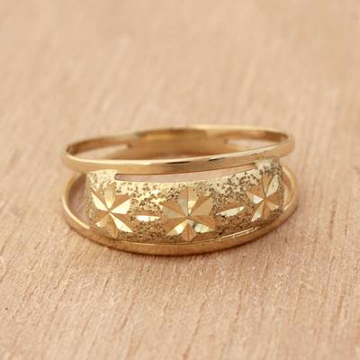 Star Motif 10k Gold Band Ring from Brazil