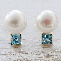 Cultured pearl and aquamarine button earrings, 'Ocean Jewel' - 18k Gold Cultured Mabe Pearl and Aquamarine Drop Earrings