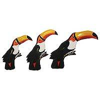 Pinewood wall adornments, 'Toucan Cheer' (set of 3) (Brazil)