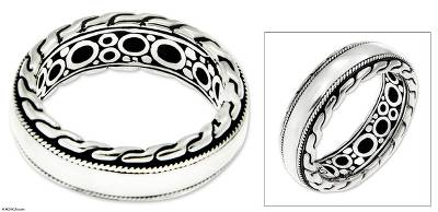 Men's sterling silver ring, 'Dragon Soul' - Men's Unique Sterling Silver Band Ring