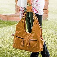 Leather shoulder bag,