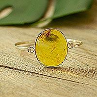 Amber pendant bangle bracelet, 'Sunstruck' (Mexico)