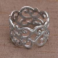 Sterling silver band ring, 'Weaving Vines' - Indonesian Classic Style 925 Sterling Silver Band Ring
